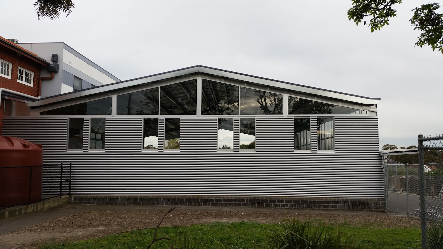 Commercial aluminium windows & louvers-ninos-glass