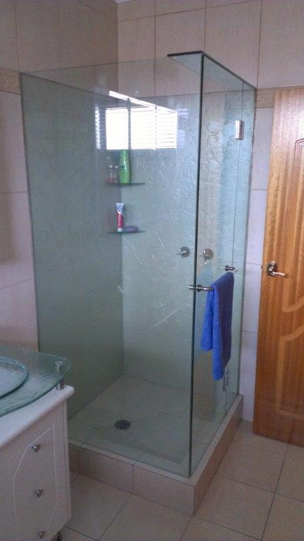 frameless shower screen-ninos-glass