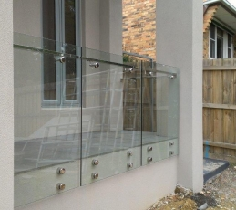 frameless balustrading offset handrail-ninos-glass5