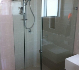 frameless sliding shower screen-ninos-glass